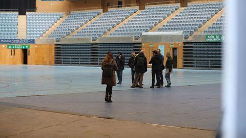 Preparativos en el Fontes do Sar de Santiago para levantar el hospital de campaña