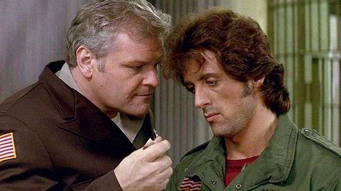 Dennehy, con Sylvester Stallone en «Acorralado»