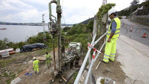 Los trabajos del acceso ferroviario del Puerto Exterior en A Graña ya vuelven a estar activos