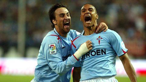 Celebrando con Lequi su único gol con el Celta, en el Calderón en el 2007