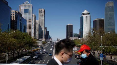 En Pekín se puede observar el cielo despejado tras la reducción de la contaminación