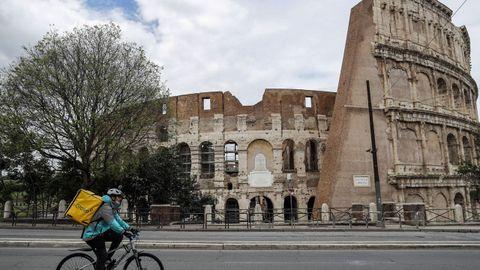 El Coliseo, en Roma, nada tiene que ver con el de un mes de abril habitual