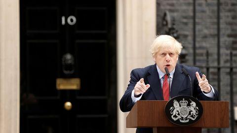 Boris Johnson retomó hoy el mando del Reino Unido tras superar el coronavirus