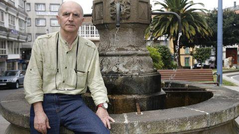 Toni García de Seárez, en una visita a Carballo, lleva más de 42 años con un programa de radio en Montevideo dedicado a Galicia