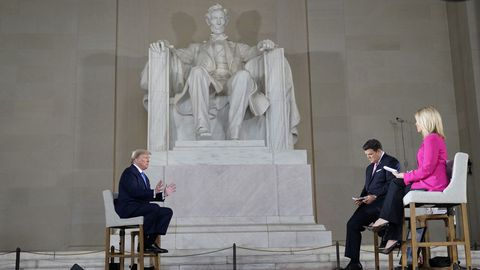 Trump escogió el memorial Lincoln para su entrevista a Fox News, su cadena amiga