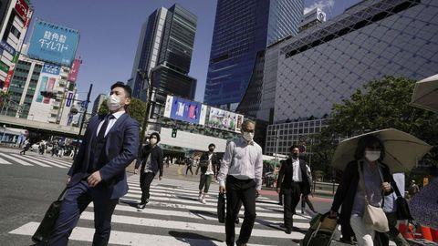 Japón lanzará la aplicación de rastreo y cambiará los criterios para someterse a las pruebas de coronavirus