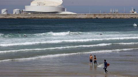 Las playas portuguesas del continente deberán esperar a junio para abrir