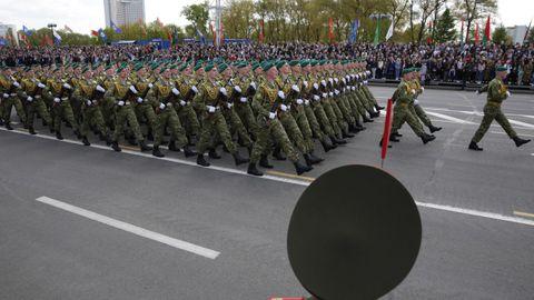 Más de 3.000 soldados y cadetes han participado en el desfile