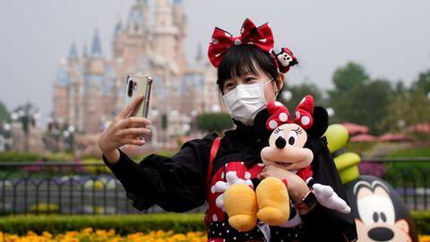 El parque temático de Shanghai ha reabierto sus puertas al 30 % de su capacidad