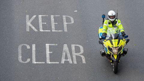 Un oficial de policía durante su servicio en Londres
