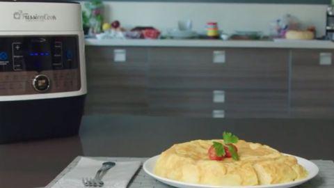 Imagen de una tortilla de patatas hecha con la FussionCook FC7 Smart
