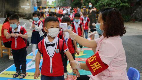 Millones de estudiantes chinos han regresado ya a las aulas