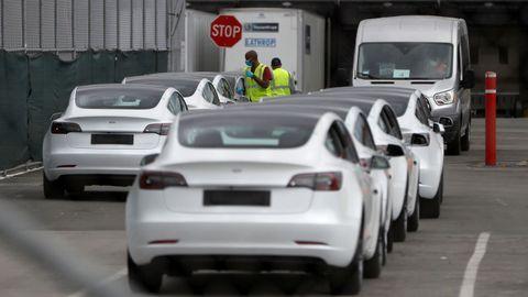 Tesla ha reactivado la producción en su fábrica de California
