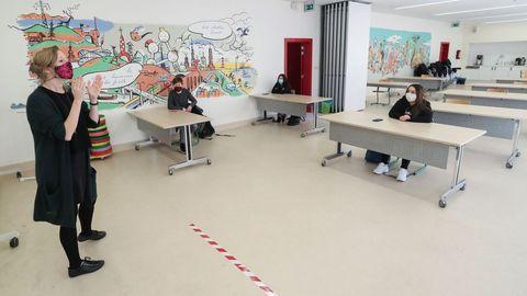 En Bruselas, una parte del alumnado ha regresado a los colegios, aunque con estrictas normas de distanciamiento