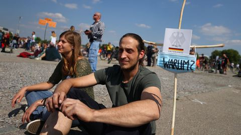 El buen tiempo animó a la participación en la manifestación de Stuttgart
