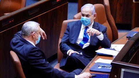 Benny Gantz y Benjamin Netanyahu se turnarán en la jefatura del Gobierno