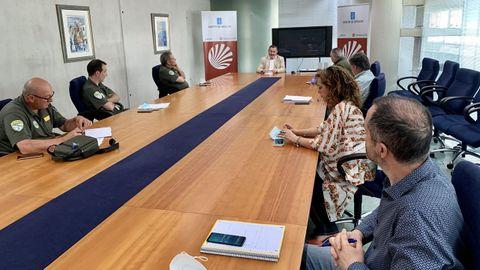 Reunión con los agentes medioambientales de la Xunta con el delegado
