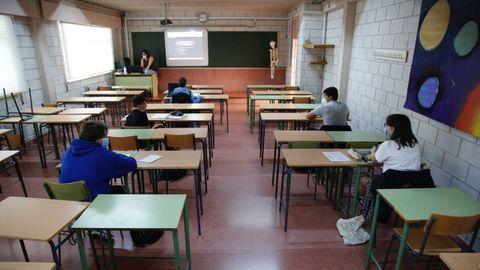 Vuelta a las aulas en el instituto Rafael Dieste de A Coruña