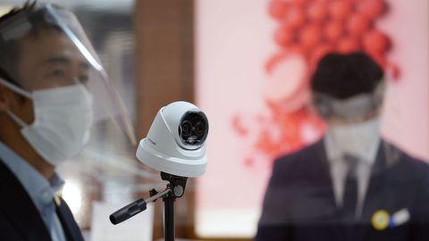 Las cámaras térmicas se han convertido en habituales en los centros comerciales de Japón
