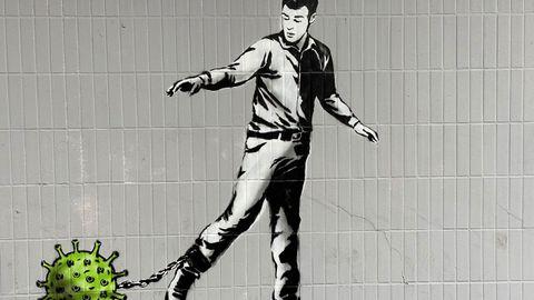 El artista escocés The Rebel Bear pintó en Glasgow una obra con la que quería rendir homenaje al personal sanitario