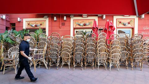 Bares y restaurantes podrán abrir sus puertas en Francia la próxima semana