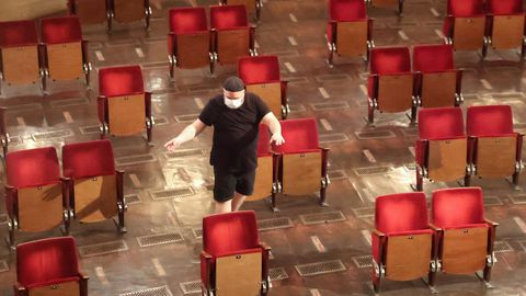 En el teatro berlinés Berliner Ensemble han preparado el patio de butacas para adaptarse a las normas de distancia social