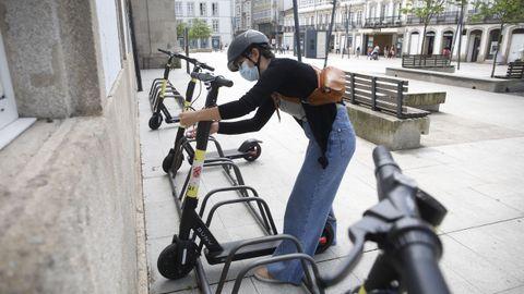 Uso de patinetes eléctricos en la plaza San Marcos de Lugo