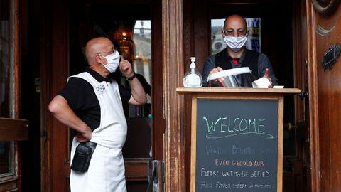 En Bruselas la reapertura de la hostelería ha conllevado medidas adicionales de higiene