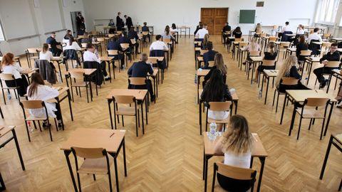 En  Polonia los estudiantes de secundaria se han sometido hoy a su examen final
