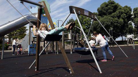 Parque infantil en Porto do Son, esta mañana