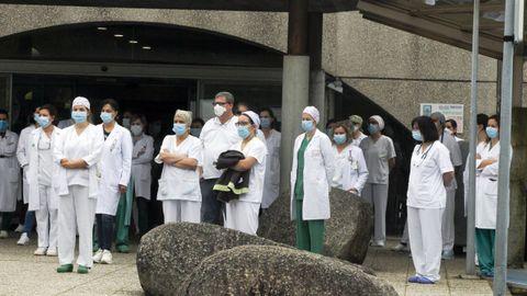 Sanitarios en el hospital de O Salnés