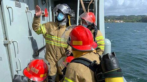 Adiestramiento a bordo del remolcador Mahón