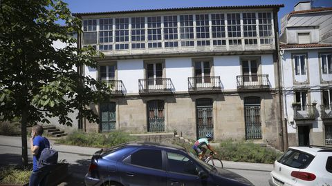 Un caserón que fue ocupado en Cruceiro do Gaio, en Santiago