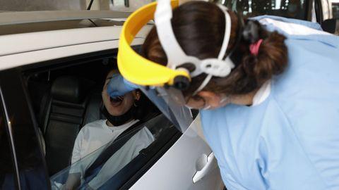 Cola para hacer test, pruebas del Covid-19 en el Hospital Público da Mariña