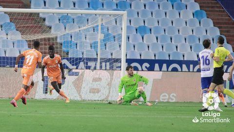 Samuel Obeng celebra su tanto al Zaragoza