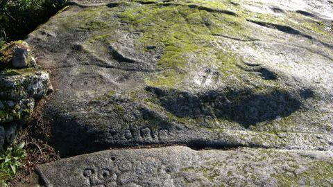 A Laxe dos Baróns, en Forzáns, y su variedad de formas
