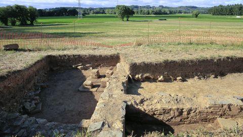 La villa romana de Coea está en un fértil valle, en la ribera del río Azúmara