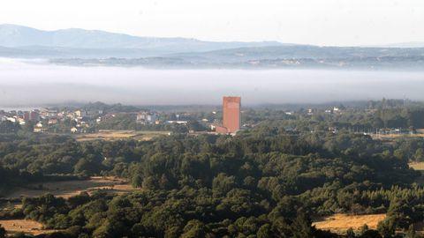 Vista de Tabada desde el globo, con la cooperativa Aira en primer plano