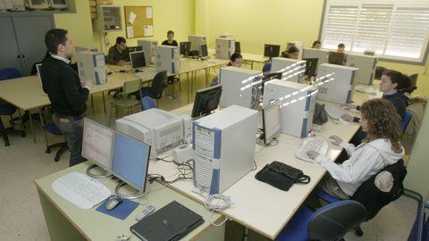 Aula de informática del Centro de Formación Profesional Rodolfo Ucha, en foto de archivo.