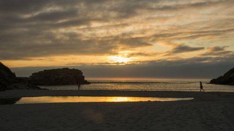 Puesta de sol desde Niñóns (Ponteceso)