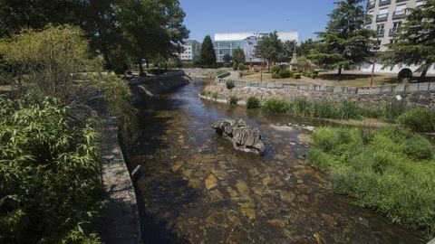 Río Anllóns a su paso por Carballo