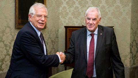 Maragall, actualmente diputado y presidente del grupo de ERC en el Ayuntamiento de Barcelona, y Borrell, ahora Alto Representantes de la UE para Asuntos Exteriores y Política de Seguridad, en una imagen del 2018