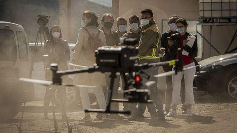 El conselleiro de Medio Rural, José González comprobó el trabajo que realizan los agentes forestales y de Medio Ambiente con los drones para perseguir la actividad incendiaria