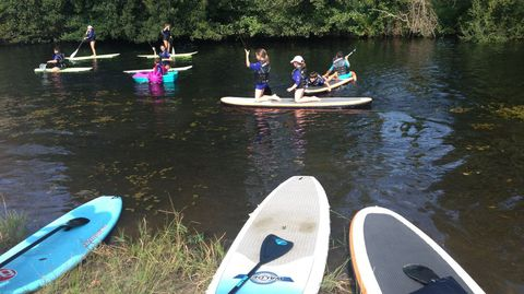 Os mozos gozan cada ano coas actividades fluviais