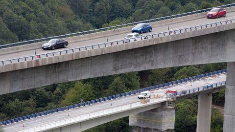Trabajos de conservación en el viaducto de Ruitelán