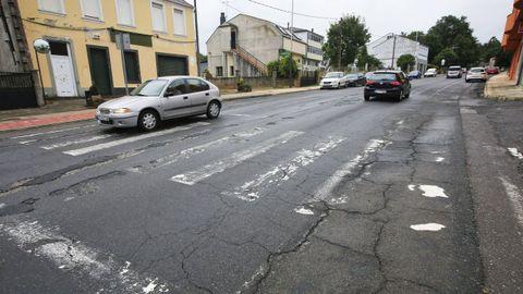 Los tramos de Guntín con el asfalto más deteriorado