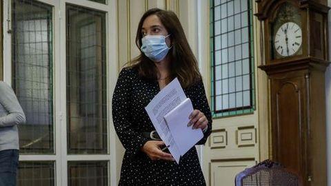 Inés Rey ve una «buena noticia» para los hosteleros la posibilidad de retomar su actividad