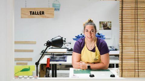 Verónica Vieira, en su estudio en O Barco de Valdeorras