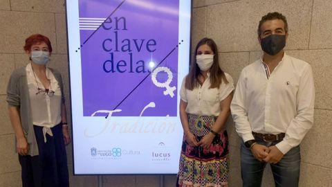 Ferreiro, la música Cristina Nogueira y el coordinador de Lucus Ensemble, Santiago Noriega, de izquierda a derecha