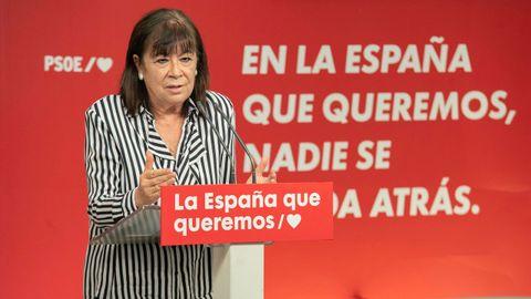 La presidenta del PSOE, Cristina Narbona, durante la rueda de prensa celebrada en la sede socialista de Ferraz.